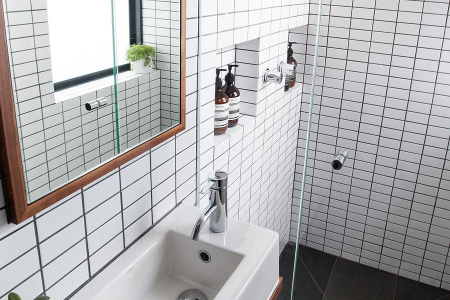 7 small bathroom ideas to maximise space and functionality for Bathroom renovations brighton